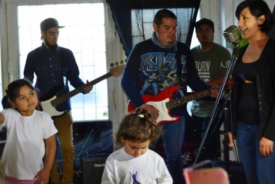 La Escuela Buena Música inauguró el Salón de Artes Escénicas