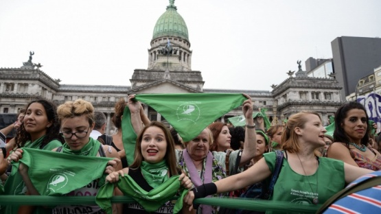 Intelectuales y políticos expondrán en la segunda audiencia sobre despenalizar el aborto