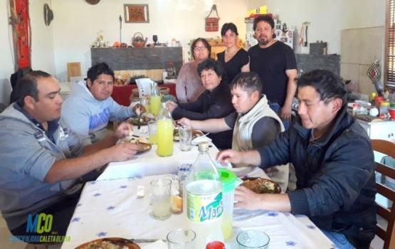 Vecinos de Caleta Olivia se sumaron al operativo de Limpieza