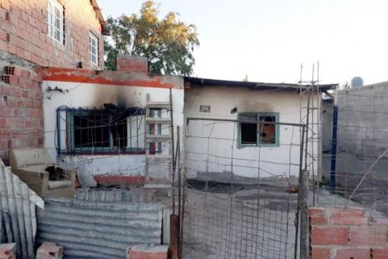 La casa fue consumida por el fuego. (Foto: El Ciudadano de Las Heras)