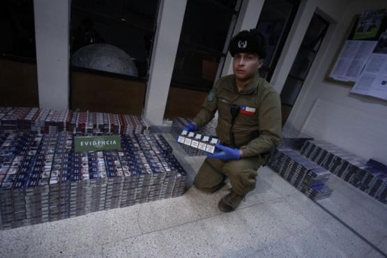 Se secuestraron más de ocho mil cajas de cigarrillos.