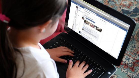 El grooming es el acoso a través de internet a menores de edad.