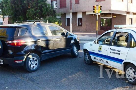Móvil policial chocó cuando se dirigía a un requerimiento