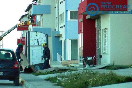 Vecinos tratan de hacer frente a las carencias y fallas estructurales