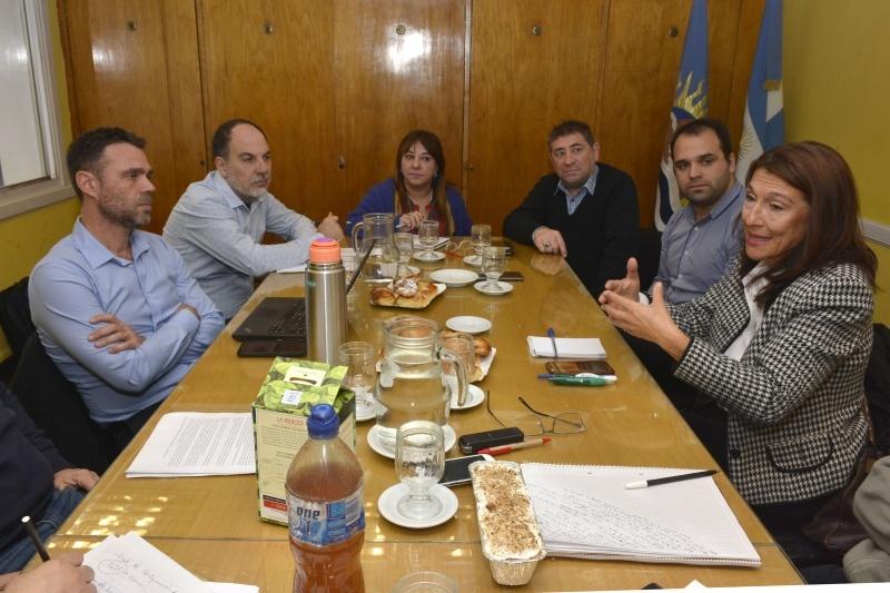 Se reunieron con referentes de carteras nacionales.