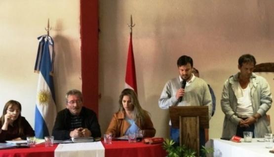 Costa buscará unir al radicalismo para contar con apoyo para el 2019