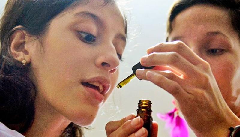 Ensayo. Se hará un seguimiento a dos años a pacientes con epilepsia refactaria para comprobar la eficacia. Foto:AFP