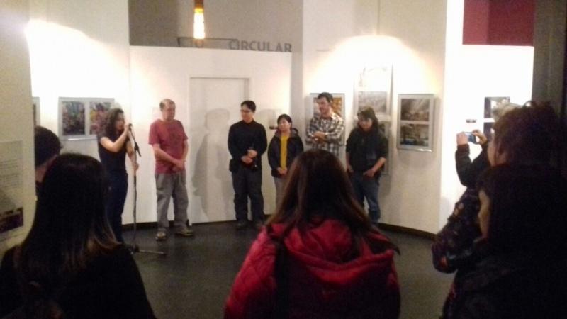 Los expositores en la apertura de la muestra.