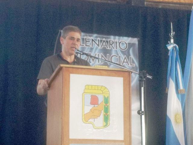 González fue el orador principal.