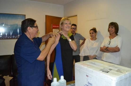 Sigue la campaña de Vacunación en Casa de Santa Cruz