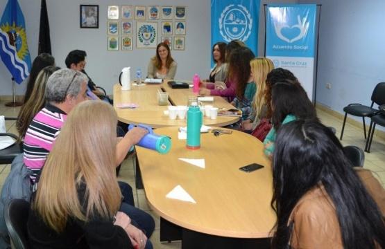 Paola Vessvessian encabezó el encuentro.