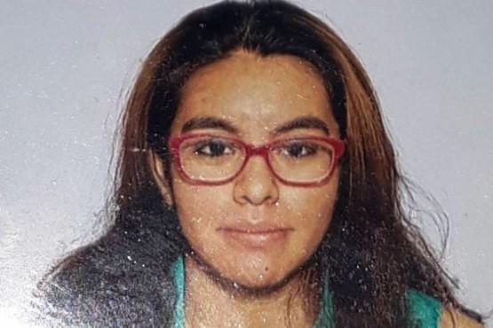 Buscan a una joven estudiante de 18 años
