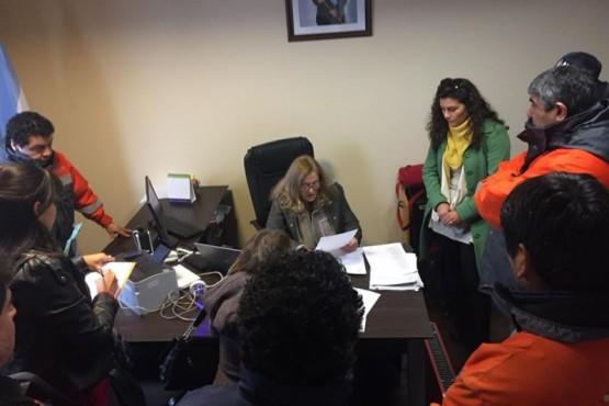 Trabajadores de YCRT aguardan resolución para ser reincorporados