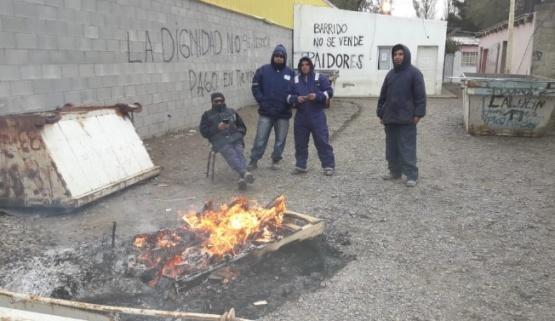Trabajadores de barrido y limpieza tomaron el sector