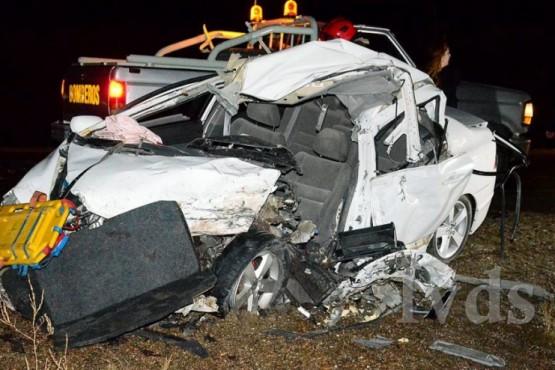 Murió una mujer que viajaba de Comodoro a Caleta, tras chocar con un camión