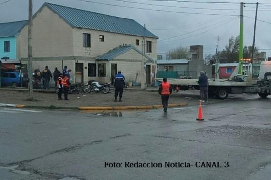 Secuestraron vehículos y motores en un allanamiento