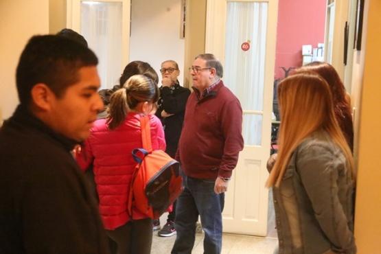 Ernesto Cruz puso paños fríos al pedido de expulsión de Valenzuela