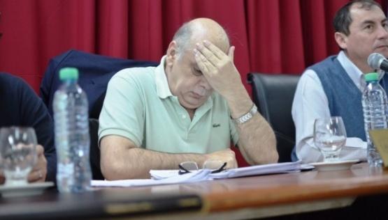 Giubetich dijo que no tienen plata para la cláusula gatillo