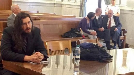 Los padres de un hombre de 30 años fueron a la justicia para echar a su hijo de su casa