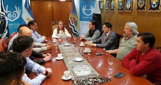 Alicia Kirchner recibió a intendentes