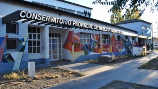 Repudio de la comunidad del Conservatorio por separaciones de cargo e intervención