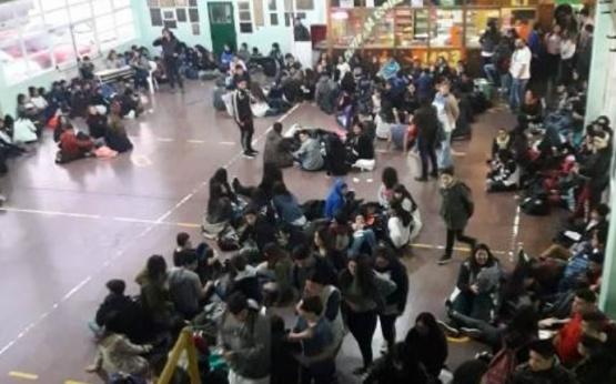 La fusión de aulas corresponde al abandono escolar de alumnos