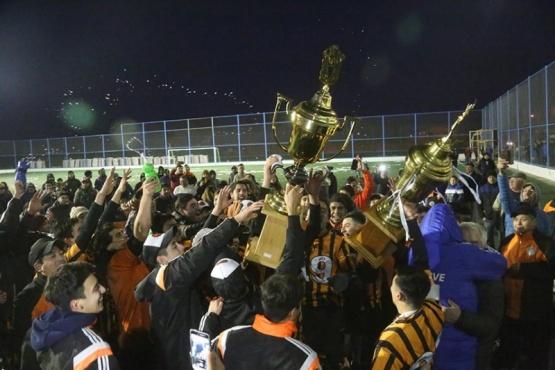 Belgrano campeón de la Liga independiente de los Barrios