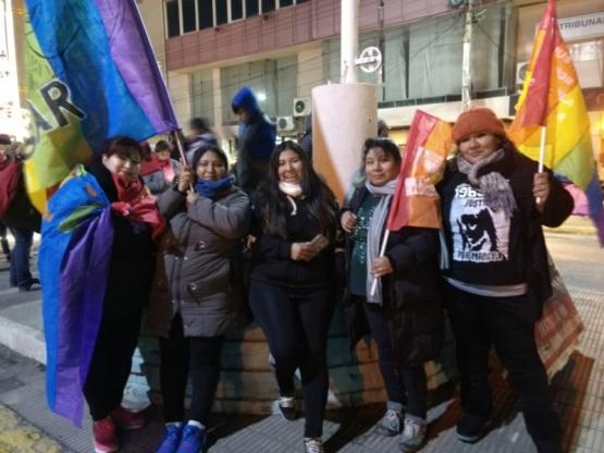 La familia de Marcela presente en la movilización.