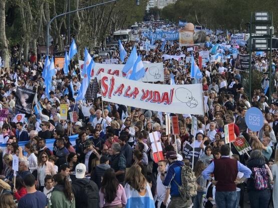 """Contra el aborto: Organizan una marcha """"por las dos vidas"""""""
