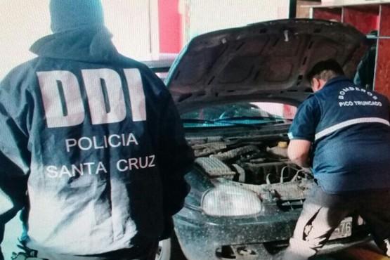 Secuestran automóvil adulterado que tenía pedido de captura por estafas