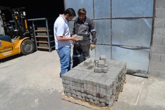 El Municipio de Perito Moreno contará con una fábrica de bloques y adoquines