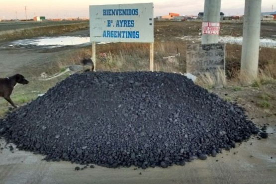 Sigue la entrega de carbón en los barrios de Río Gallegos