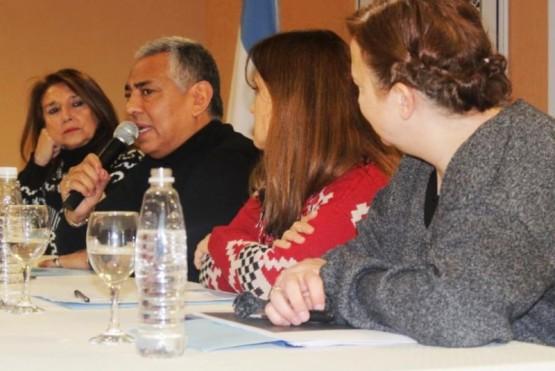 El Consejo Provincial de Niñez se capacita en Cañadón Seco