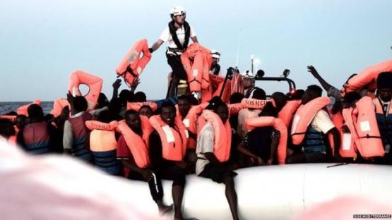 Aquarius, el barco con 629 inmigrantes a la deriva que ni Italia ni Malta quieren recibir