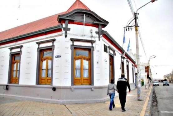 Giubetich recibió fondos extras de la Provincia porque no puede garantizar la cobertura a Niñez