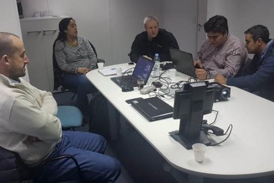 Instituto de Energía mantuvo importantes reuniones con YPF