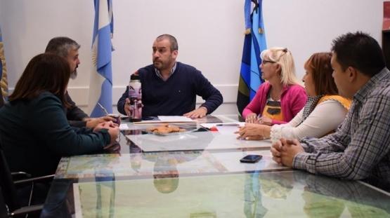 Prades se reunió con los referentes de la Institución.