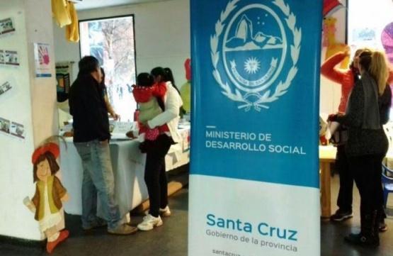Políticas sociales también presentes en la Feria Provincial del Libro
