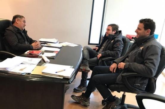 Kalmus mantuvo reuniones con los referentes de las localidades.