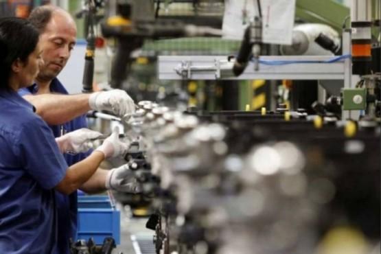 Pymes piden frenar aumento de tarifas, limitar importaciones y ampliar créditos