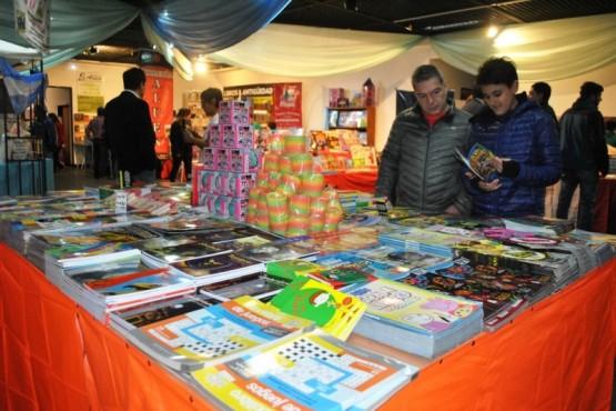 Cronograma de actividades de la Feria del Libro para el día de hoy