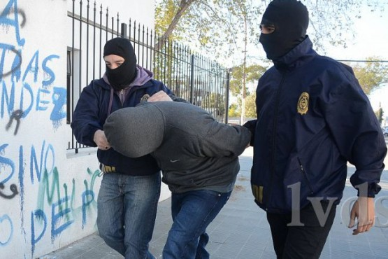 Pistoleros que se enfrentaron con policías se negaron a declarar