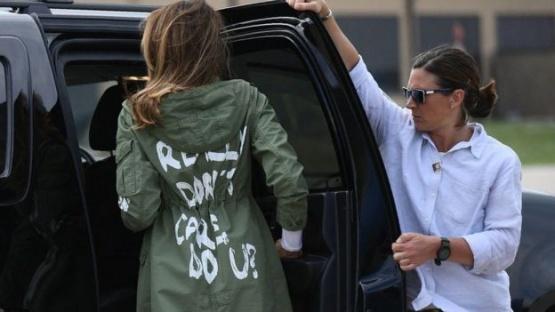 La polémica frase en la chaqueta de Melania Trump en su visita a los niños en la frontera