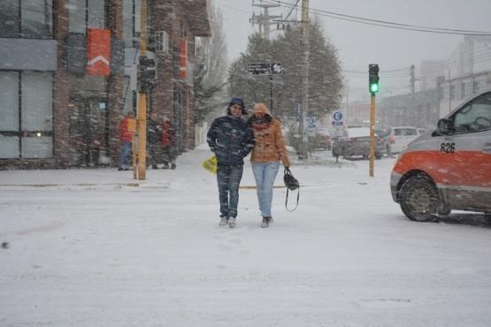 Las fotos de Río Gallegos cubierto de nieve