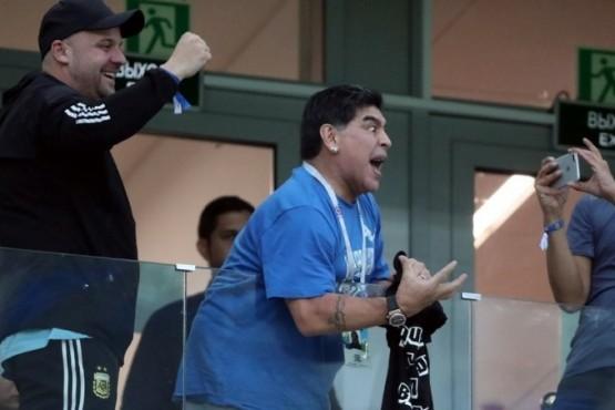 Maradona pidió tener una reunión con los jugadores y les exigió que defiendan el prestigio de la Selección
