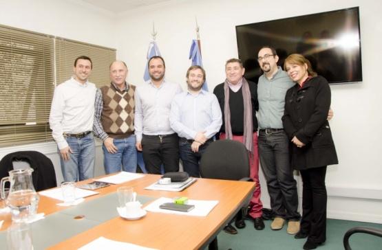 Firmaron convenio para capacitación laboral en sector Hidrocarburífero