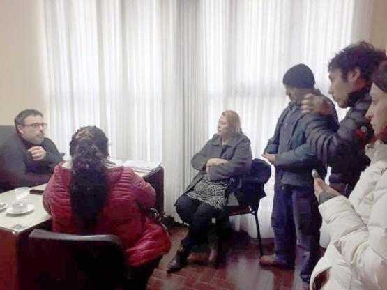 """Cómo se frenó el intento de ocupar la Municipalidad hasta """"que se vaya Giubetich"""""""