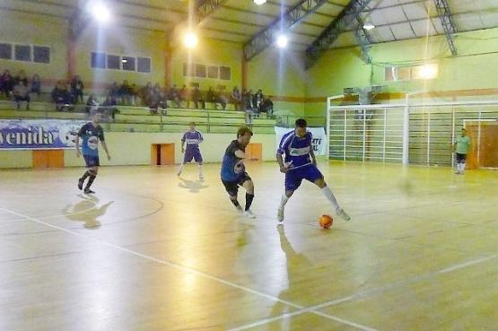 El futsal sigue a pleno a nivel regional.