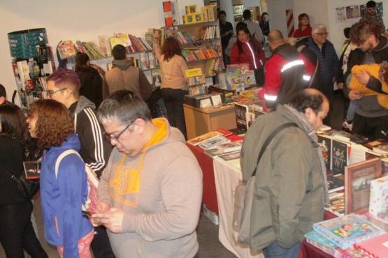 Una feria austera, con buena participación del público y poca venta de libros