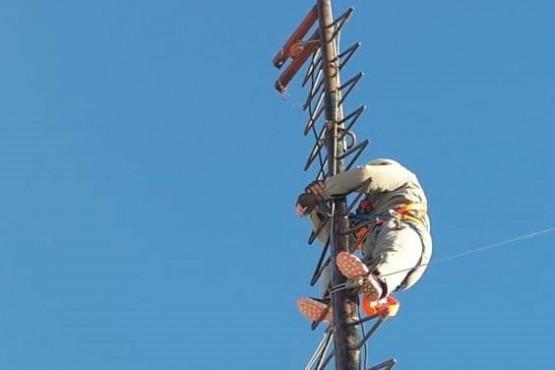 Trabajos de mantenimiento y reparación de la red de comunicaciones radiales